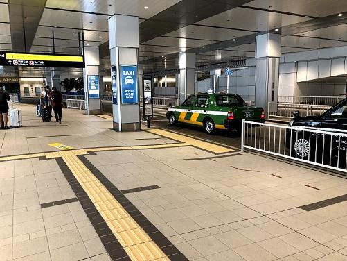 バスタタクシー乗り場