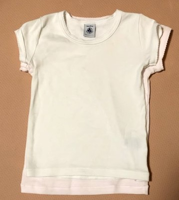 プチバトーシャツ綿100% 乾燥後重ねた図